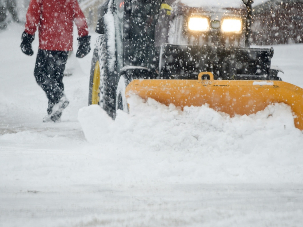 Call Us for Commercial Snow Removal in Lansing, MI